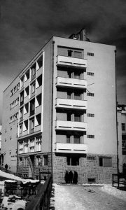 Prva posleratna vojna zgrada koja je najavila urbano Užice