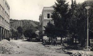 Raskopana ulica ispred Hotela
