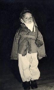 U ulozi patuljka 1956.