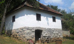 Stara srpska kuća u Šunjevarićima, blizu Užica