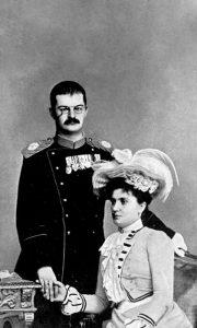 Kralj Aleksandar Obrenović sa kraljicom Dragom, u vreme kada je podigao česmu na Kulaševcu
