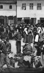 Pazarni da na žitnoj pijaci, prva decenija prošlog veka (foto Dimitrije Tešić)