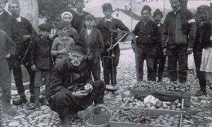 U iščekivanju mušterije, 1916. godine