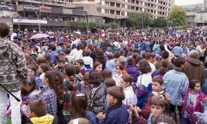 Manifestacija Crvenog Krsta na Trgu partizana 24. septembra 1996. godine
