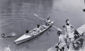 Milanko Kovačević sa svojim ćerkama