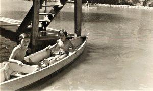 Kovačevićke u čamcu na Plaži