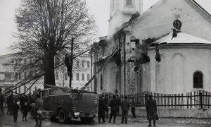 Gašenje požara na crkvi 1956.