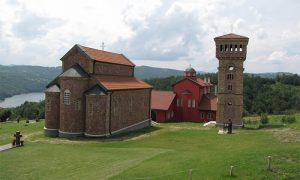 Novosagrađeni manastir Rujan