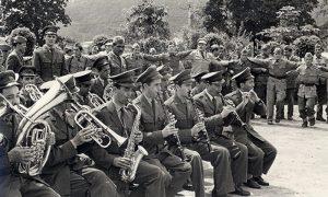 Proslava u kasarni i nezaobilazna vojna muzika