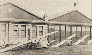 Prvi hangar i jedrilice Letačkog kluba u Beogradu