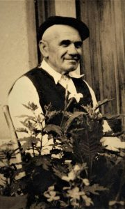 Deda Vićko