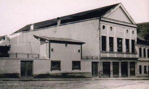 """Bioskop """"Zlatibor"""" sa baštom"""
