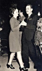 Majdov sa suprugom pleše u Gradskoj kavani