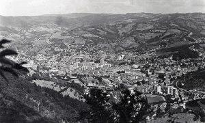 Pogled sa Đavolje stene 1971. godine