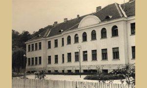Zgrada Poljoprivredne škole u Sevojni