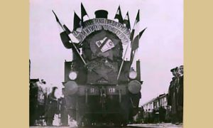 Prvi voz na pruzi Brčko-Banovići (fotografija sa foruma Ljubitelji železnice)