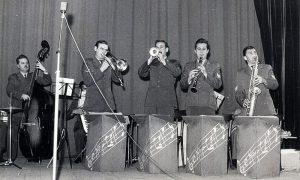 Deo Vojnog orkestara za priredbe i igranke, duvačka sekcija