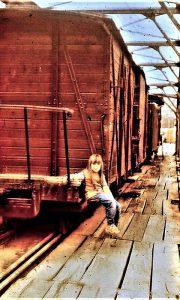 Ćira na Mostu, Maja na njemu