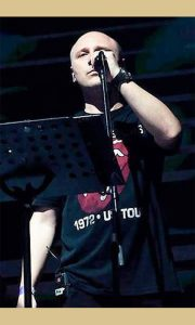 Sin Petronije Pjer Goronjić, jedan od najcenjenijih pratećih glasova u srpskoj pop muzici