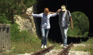 Jelena i Fipa - šetajući starom prugom