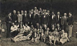 Hor Abrašević, horovođa Mirko Đajić na Trojice 1932.