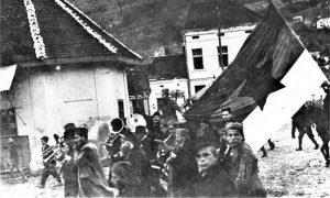 Partizanska zastava na Žitnom pijacu tokom Užičke republike