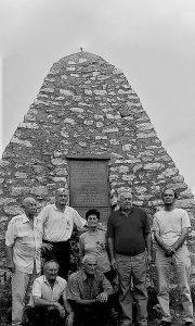 Odavanje počasti na Gradini, članovi Udruženja boraca iz Sevojna
