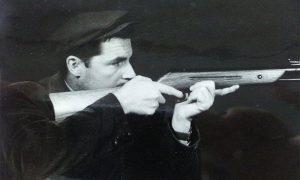 Adam se bavio streljaštom, bio je uspešan strelac
