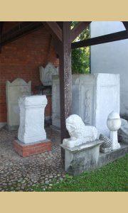 Rimski spomenici u porti Bele crkve