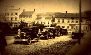 Taksi stanica kod Parčića i Gimnazije tridesetih godina 20. veka