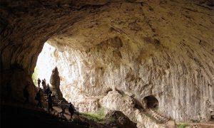 Staze u Potpećkoj pećini (foto Turistička organizacija Užica)