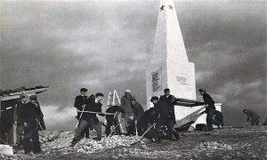 Završetak radova na spomen obeležju na Kadinjači 1952.
