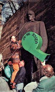 Najveđa pištaljka Sretena Tanaskovića, simbol protesta 1996.