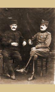 S leva Neđo Radović, kasnije vlasnik kafane Top
