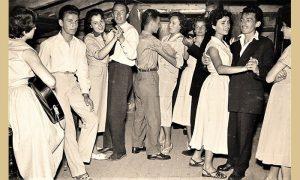 Užički mladi plešu u leto 1956.