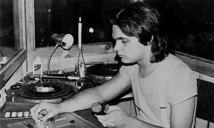 Disko džokej Kovač u vreme dok je radio u diskoteci Ok i na Radio Užicu