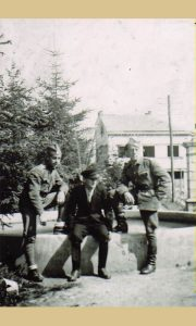 Đoko Drobnjaković 1941. u Malom parku