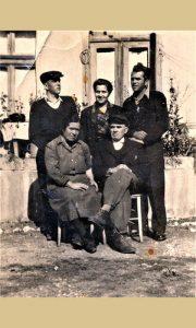 Vitomir i Mara sa decom 1946. godine