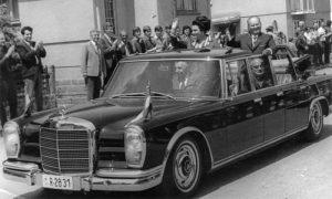 Tito u poseti Gornjem Milanovcu