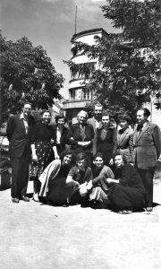 Rako Nikitović sa ženskom ekipom šah kluba u Parčiću