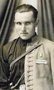 Dušan u sokolskoj uniformi