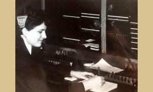 Majka Suzane Đurović u pošti šezdesetih