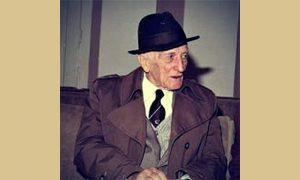 Profesor Milan Popović u penziji, jedna od poslednjih snimljenih fotografija