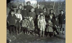 Sretna deca iz ulice Gradske pod užičkim Gradom