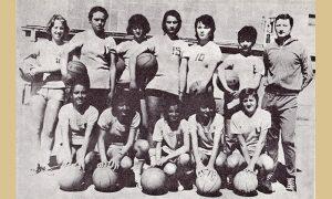 Košarkašice Slobode sa trenerom Branom Panićem
