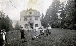 Kuća dr Luke u kojoj je započeo turizam na Tari