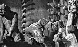 Strašni Kvazimodo u filmu na katedrali Noterdam