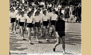 Užičani su vodeći decu masovno išli da gledaju slet 1963. godine