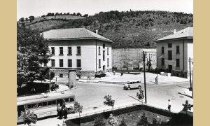 Zgrade muzeja i raskrsnica šezdesetih