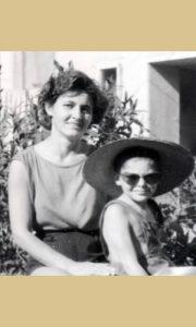Sa majkom avgusta 1964. god.